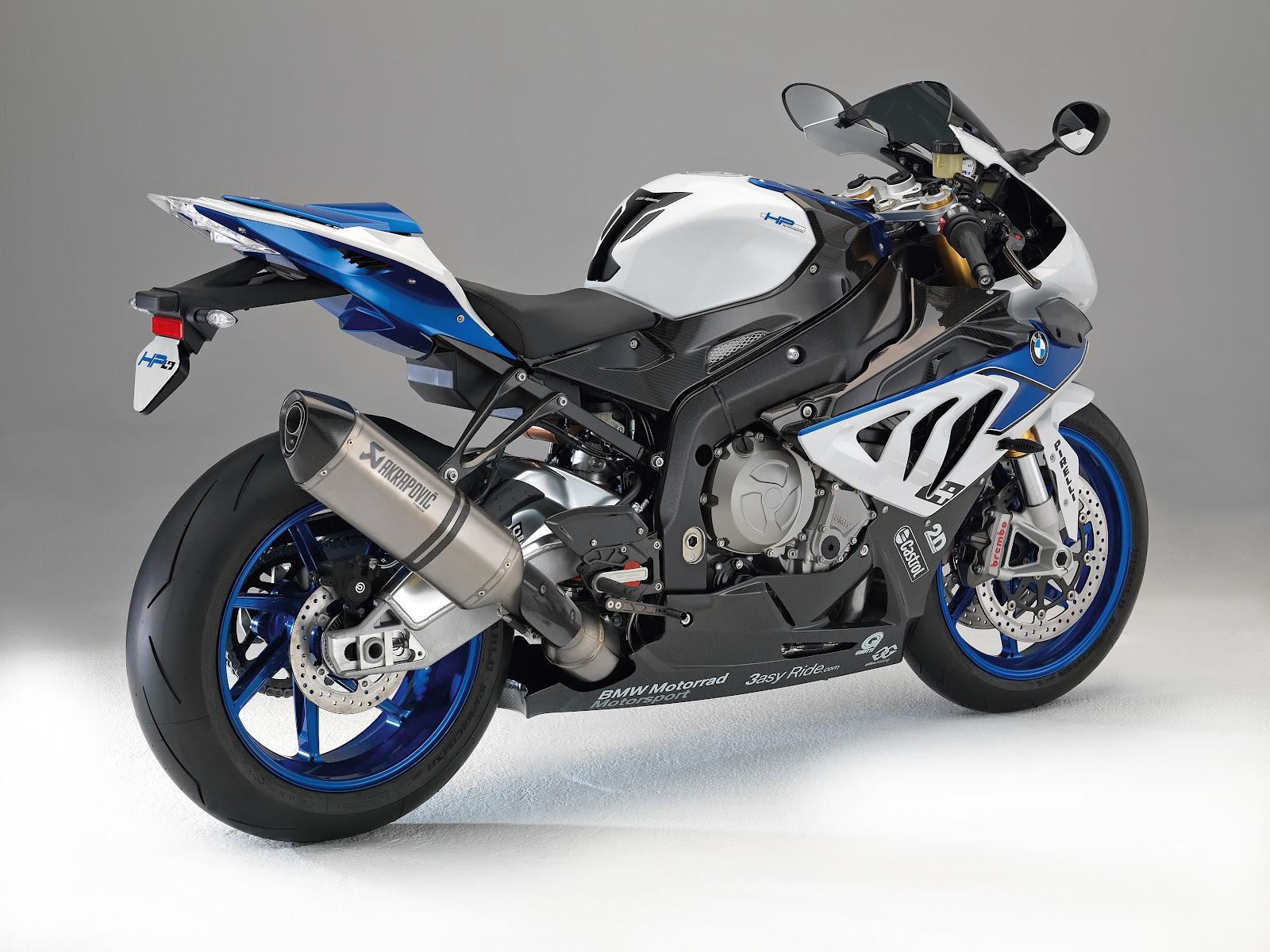 BMW Motorrad präsentiert mit der BMW HP4 den bis dato leichtesten Vierzylinder Supersportler der 1000er Klasse